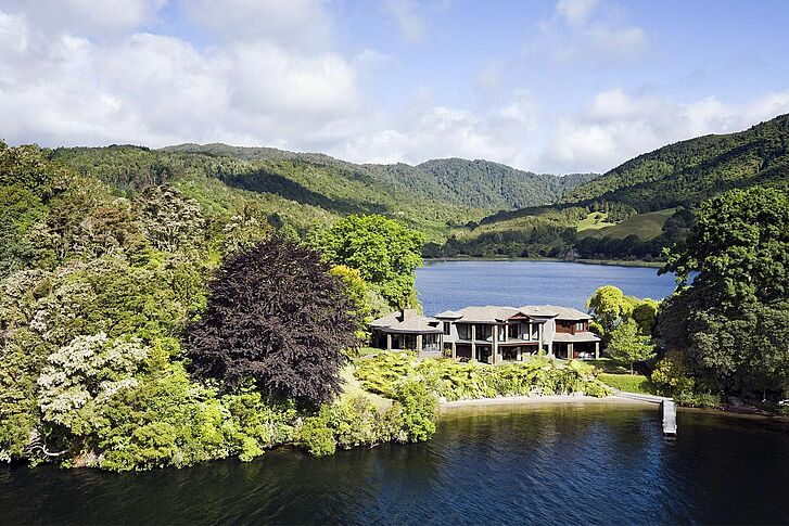 Lake Lake Okareka Lodge