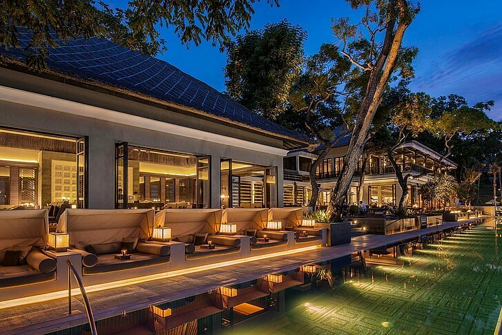 Willkommen - Four Seasons Bali at Jimbaran Bay