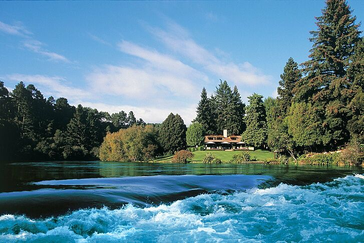 Exterior Huka Lodge