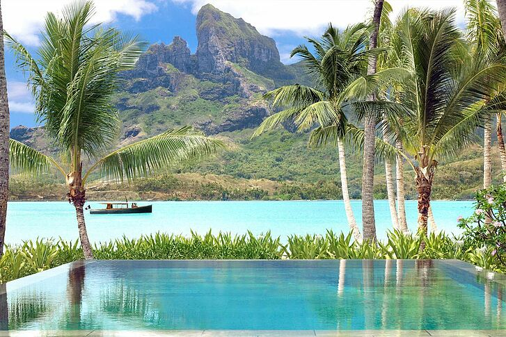 Infinity Pool Four Seasons Resort Bora Bora