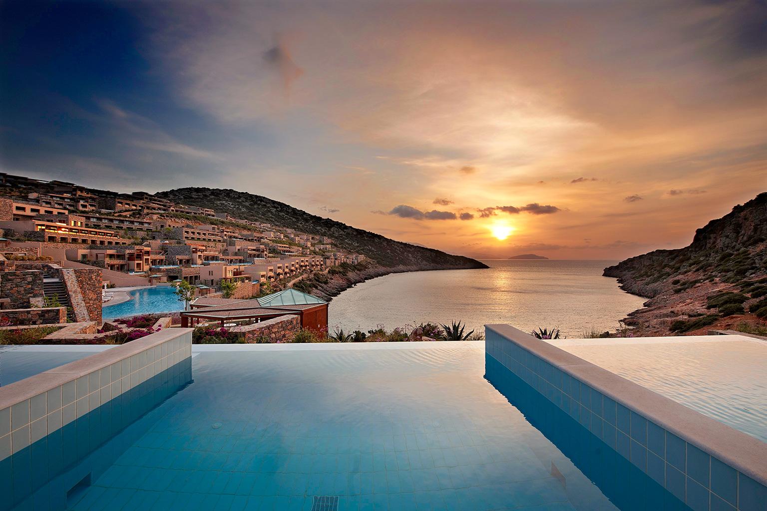 Daios cove luxury resort villas auf kreta designreisen for Designhotel kreta