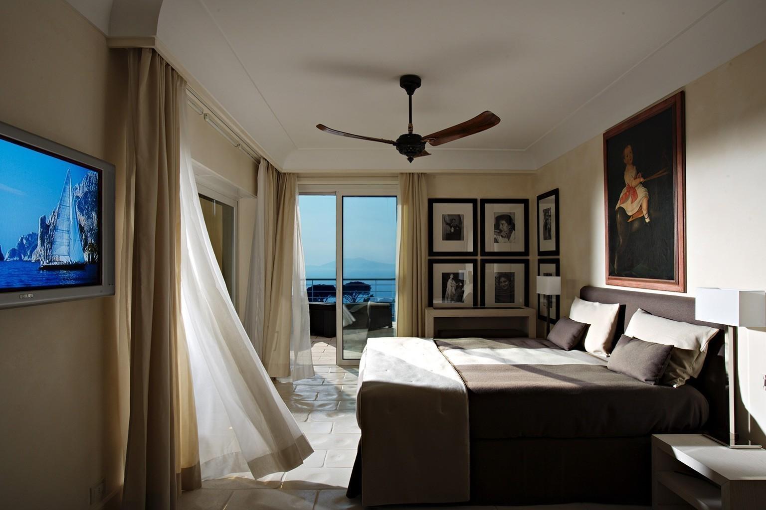 Großartig Capri Suite Moderne Einrichtung Zeitgenössisch - Die ...