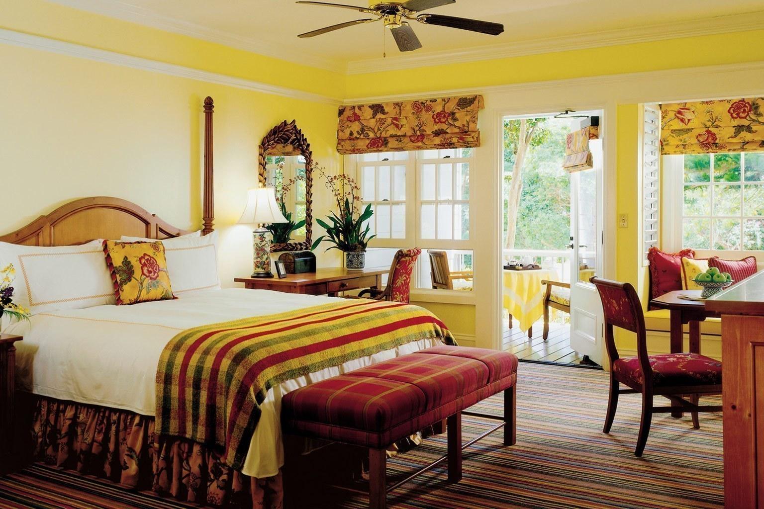 Four Seasons Manele Bay Restaurants