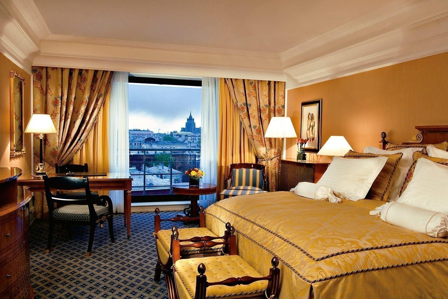 the ritz carlton moscow luxushotel designreisen. Black Bedroom Furniture Sets. Home Design Ideas
