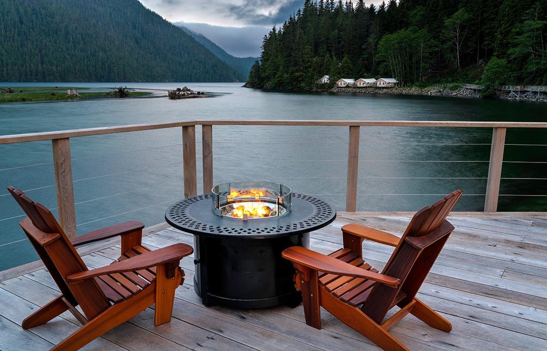 Clayoquot-Wilderness-Resort_Firepit_Photo-Credit-Bryan-Stockton